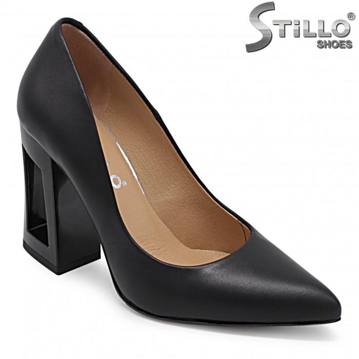 Pantofi dama din piele naturala si cu toc inalt – 36427