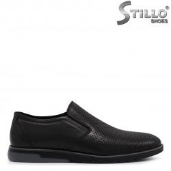 Pantofi barbati perforati din piele naturala – 36550