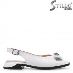 Sandale dama de culoare alb din piele naturala si cu funda – 36573