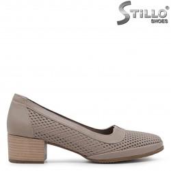 Pantofi dama din piele naturala si cu perforatie – 36579