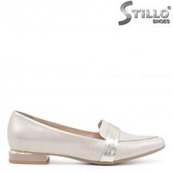 Pantofi dama cu toc jos de culoare auriu perlat – 36622