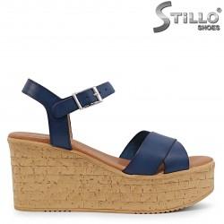 Sandale dama de culoare albastru din piele naturala si cu platforma – 36704