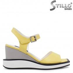 Sandale dama de culoare galben pe platforma - 36728