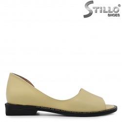 Pantofi de vara din piele naturala de culoare galben - 36755