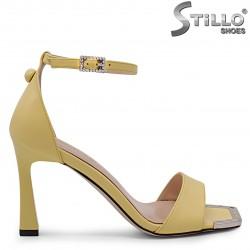 Sandale moderne cu toc inalt de culoare galben – 36806