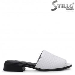 Papuci dama cu toc jos din piele naturala – 36927