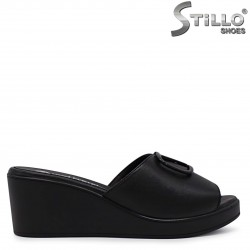 Papuci dama cu platforma din piele naturala – 36928