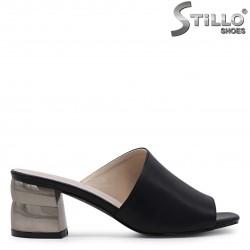 Papuci asimetrici cu toc metalic – 36940