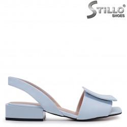 Sandale albastre cu toc jos din piele naturala – 37006