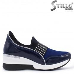 Pantofi dama sport din piele naturala lac si velur – 37299